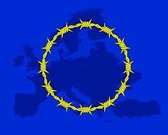 drapeau-UE-barbeles-prison